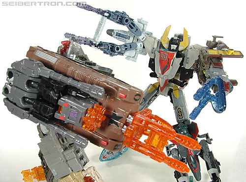 Transformers Universe - Classics 2.0 Superion (Image #138 of 139)