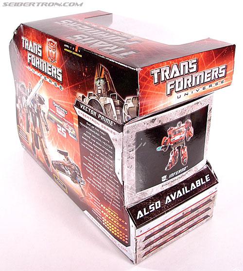Transformers Universe - Classics 2.0 Vector Prime (Image #6 of 112)