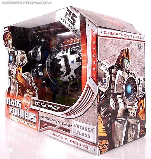 Transformers Universe - Classics 2.0 Vector Prime (Image #15 of 112)