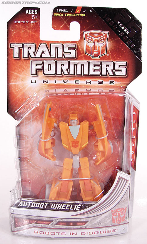 Transformers Universe - Classics 2.0 Wheelie (Image #1 of 75)
