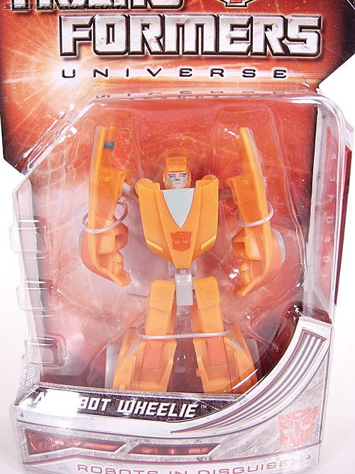 Transformers Universe - Classics 2.0 Wheelie (Image #2 of 75)