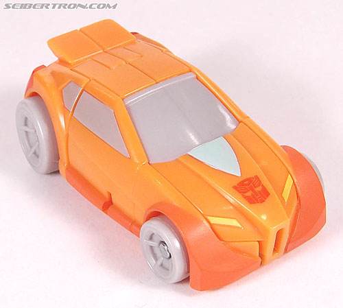 Transformers Universe - Classics 2.0 Wheelie (Image #16 of 75)