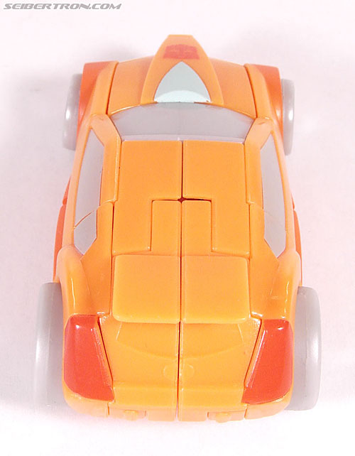 Transformers Universe - Classics 2.0 Wheelie (Image #19 of 75)