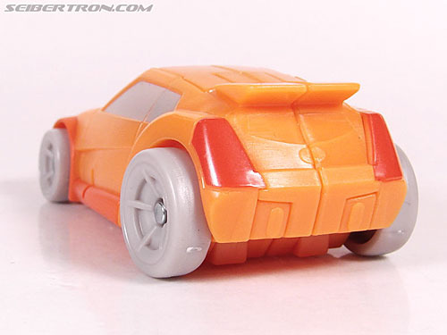 Transformers Universe - Classics 2.0 Wheelie (Image #21 of 75)