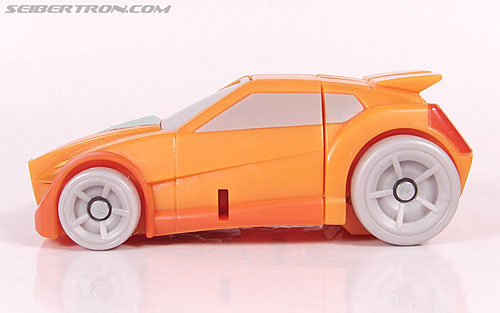 Transformers Universe - Classics 2.0 Wheelie (Image #22 of 75)