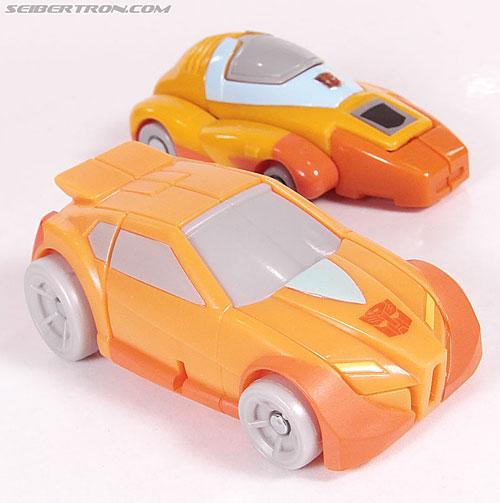 Transformers Universe - Classics 2.0 Wheelie (Image #30 of 75)