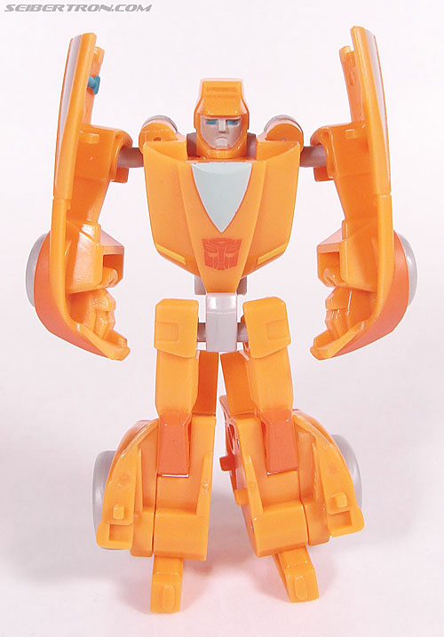 Transformers Universe - Classics 2.0 Wheelie (Image #35 of 75)