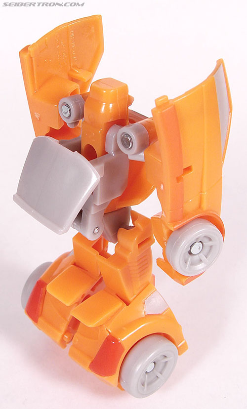 Transformers Universe - Classics 2.0 Wheelie (Image #43 of 75)