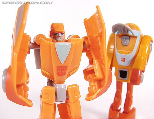 Transformers Universe - Classics 2.0 Wheelie (Image #74 of 75)