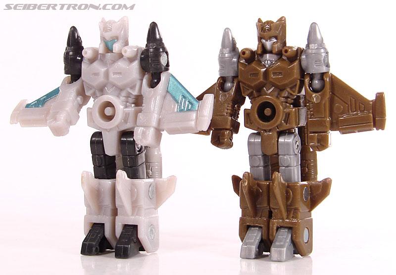 Transformers Universe - Classics 2.0 Safeguard (Image #61 of 72)