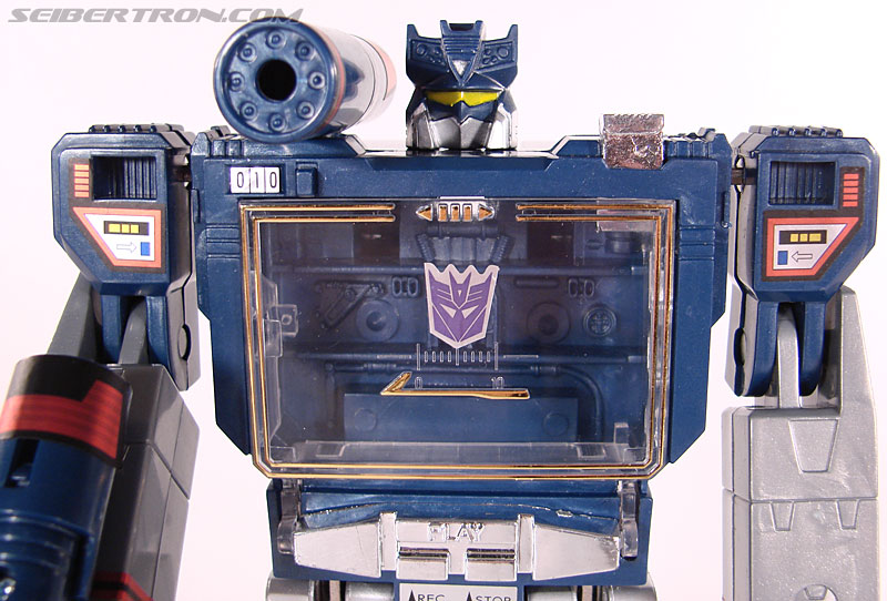 Transformers Universe - Classics 2.0 Soundwave (Reissue) (Image #56 of 114)