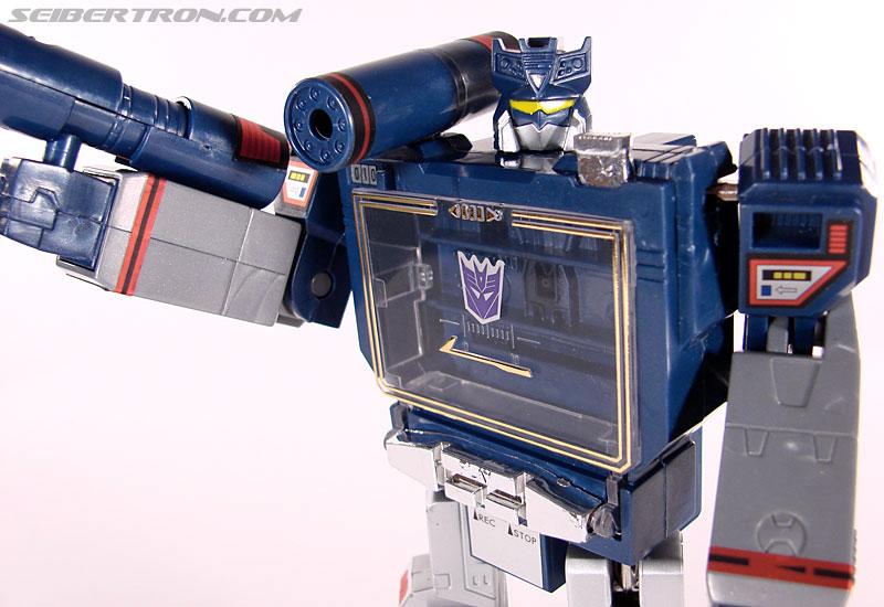 Transformers Universe - Classics 2.0 Soundwave (Reissue) (Image #83 of 114)