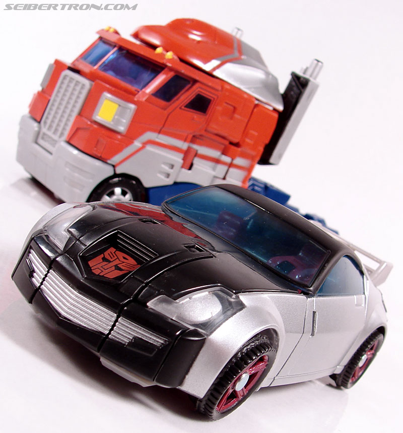 Transformers Universe - Classics 2.0 Silverstreak (Image #36 of 111)