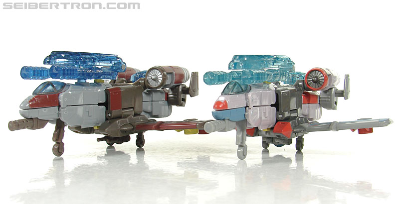 Transformers Universe - Classics 2.0 Skydive (Image #19 of 118)