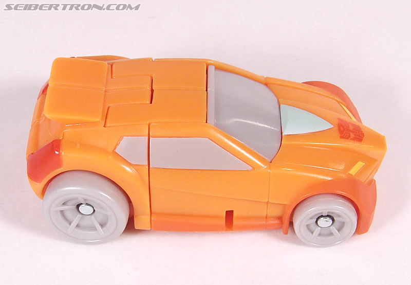 Transformers Universe - Classics 2.0 Wheelie (Image #17 of 75)