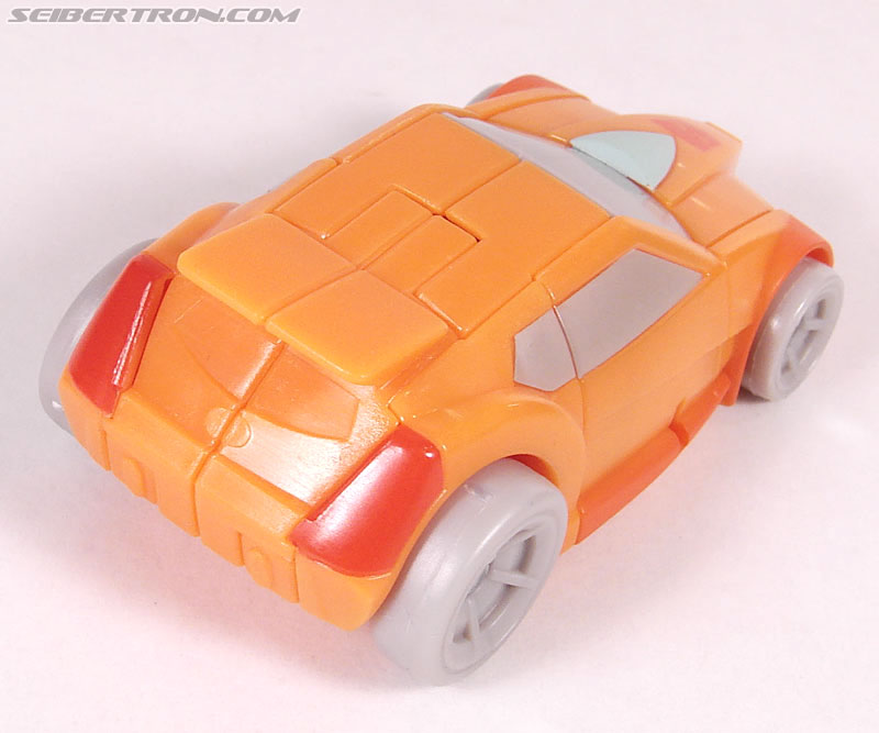 Transformers Universe - Classics 2.0 Wheelie (Image #18 of 75)