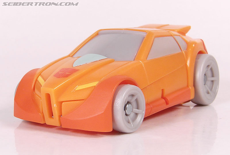 Transformers Universe - Classics 2.0 Wheelie (Image #23 of 75)