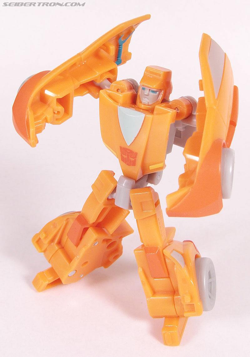 Transformers Universe - Classics 2.0 Wheelie (Image #56 of 75)