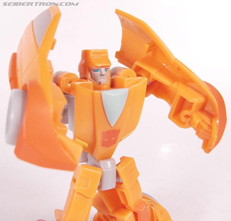 Transformers Universe - Classics 2.0 Wheelie (Image #60 of 75)