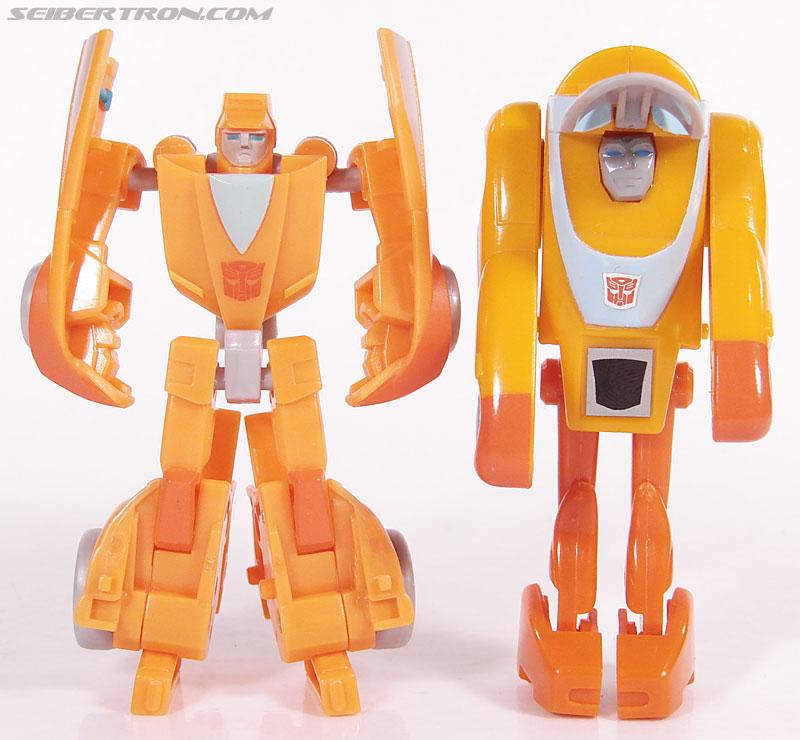 Transformers Universe - Classics 2.0 Wheelie (Image #72 of 75)