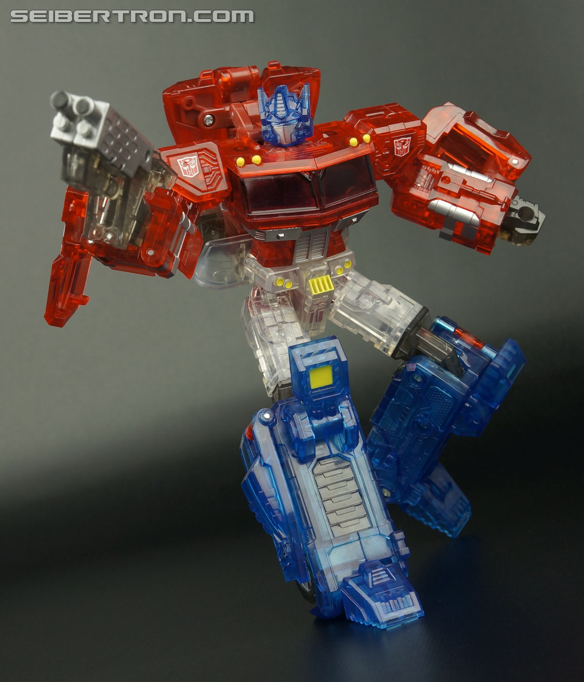 Transformers Henkei Crystal Optimus Prime (Convoy Clear Version (Crystal Convoy)) (Image #86 of 128)