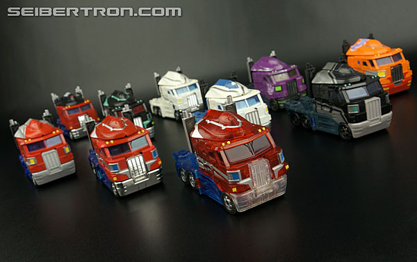 Transformers Henkei Crystal Optimus Prime (Convoy Clear Version (Crystal Convoy)) Gallery