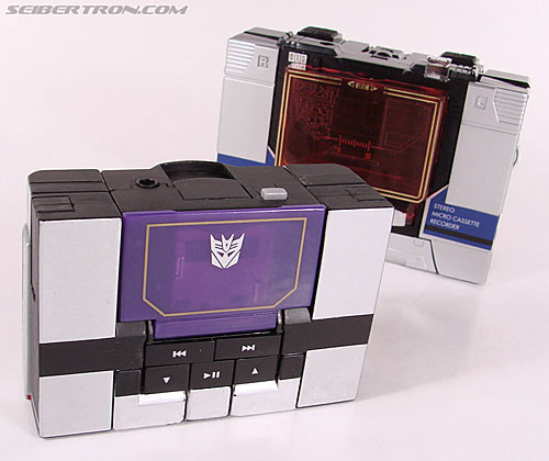 Transformers Music Label Soundwave (Blaster Black) (Image #36 of 88)