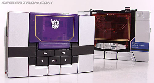 Transformers Music Label Soundwave (Blaster Black) (Image #37 of 88)