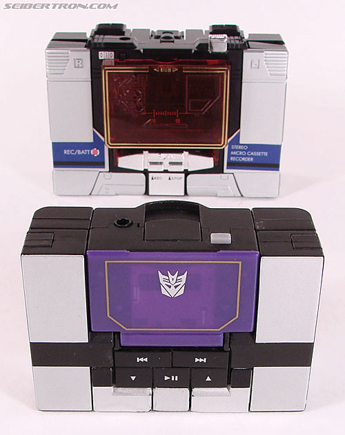 Transformers Music Label Soundwave (Blaster Black) (Image #38 of 88)