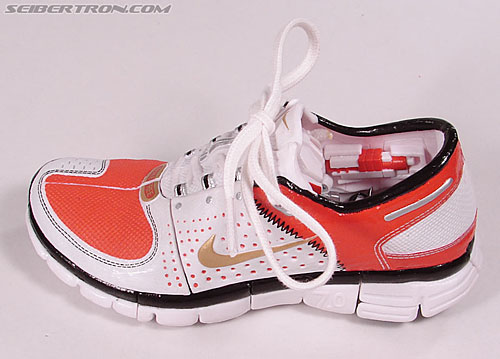 Transformers Sports Label Optimus Prime (Nike) (Convoy (Nike)) (Image #52 of 114)