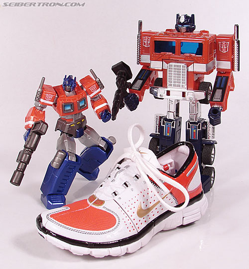 Transformers Sports Label Optimus Prime (Nike) (Convoy (Nike)) (Image #59 of 114)