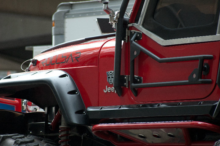 Transformers 3 Identity Of The Red Jeep Revealed