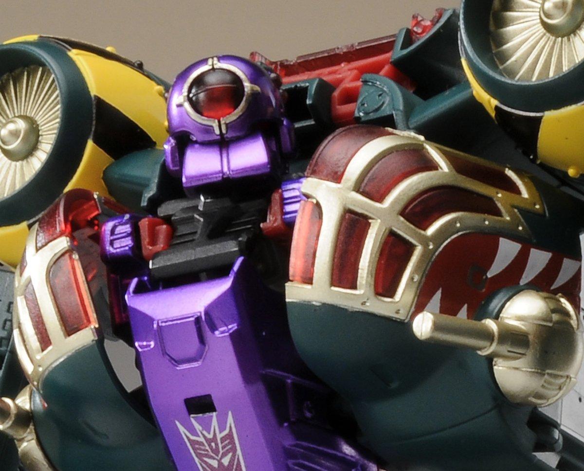 Jouets Transformers Generations: Nouveautés Hasbro - partie 1 - Page 2 1286987206_B0046XR7DA.09.PT01._SCRMZZZZZZ_