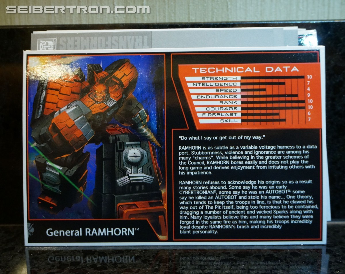 "Transformers News: Bios and Artwork - #BotCon16 ""Dawn of the Predacus"" Set, and Golden Ticket Flash Sentry"
