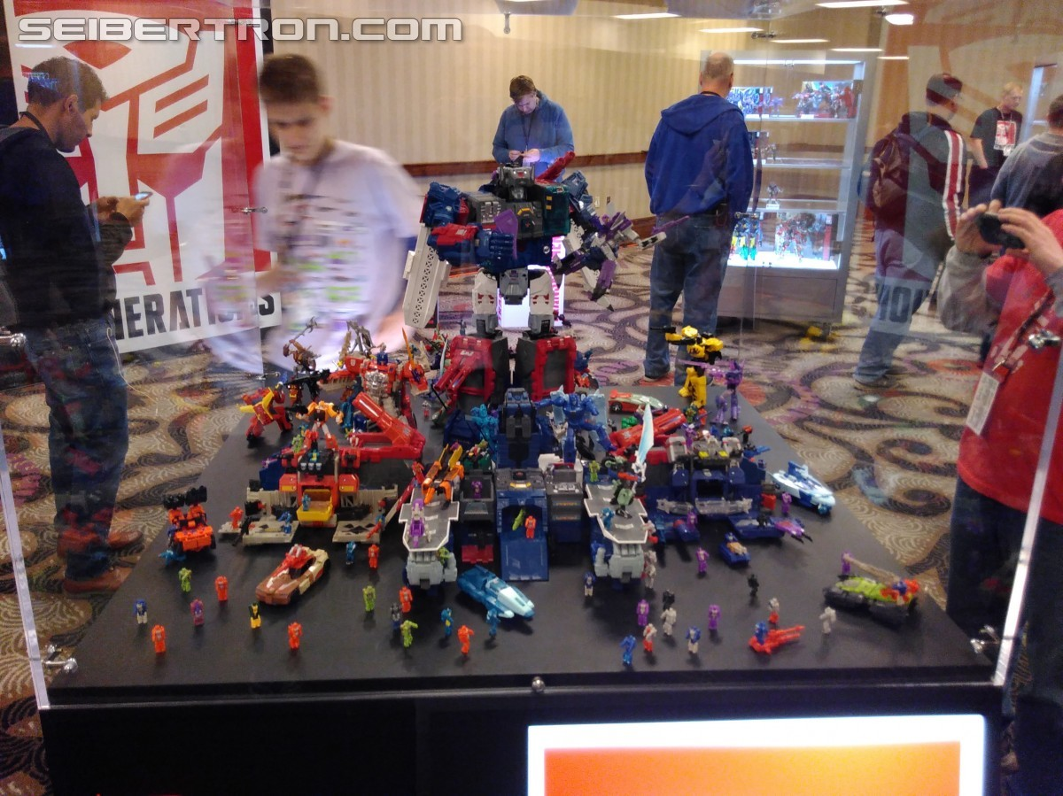 Transformers News: #BotCon2016  Confirmation and First Look at Transformers Titans Return Wirewolf and Highbrow