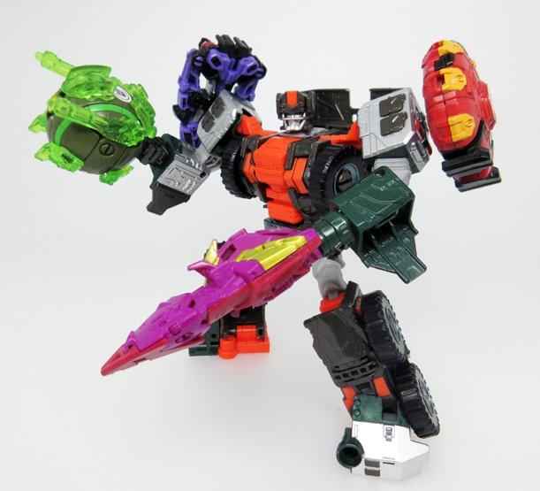 Transformers News: Takara Transformers Unite Warriors UW06 Wandering Roller/Minicon Compatibility