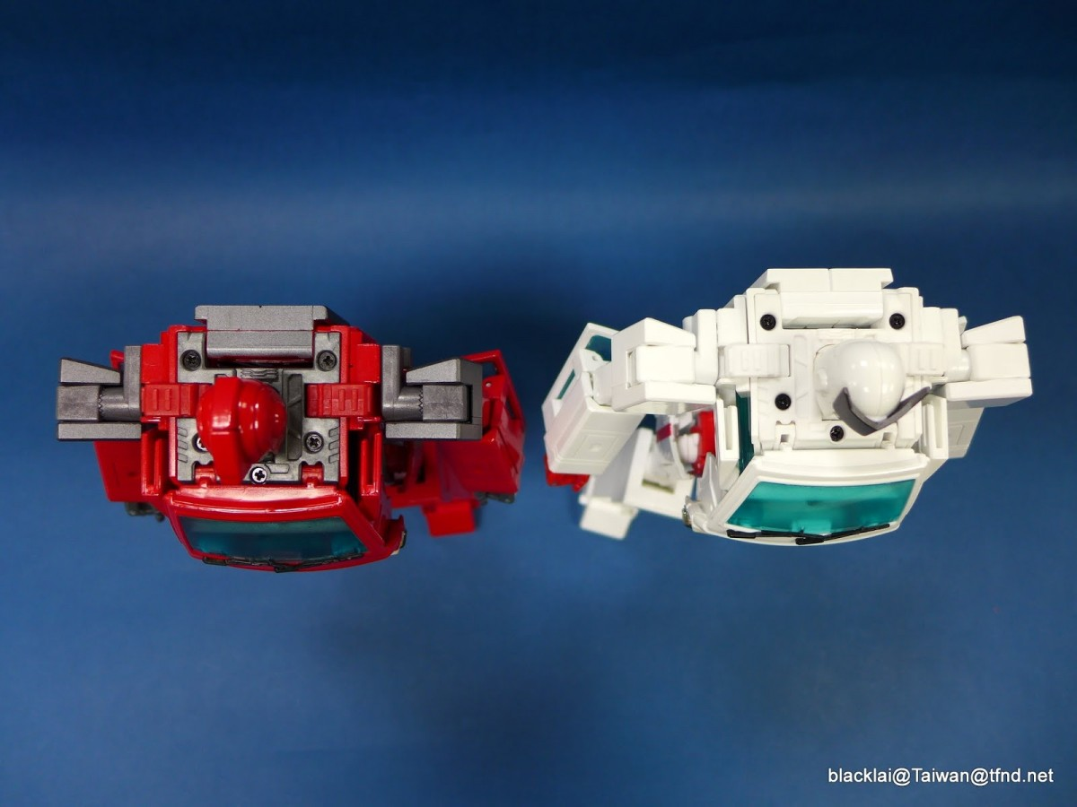 Transformers News: Takara Transformers MP-30 Masterpiece Ratchet In-Hand Images