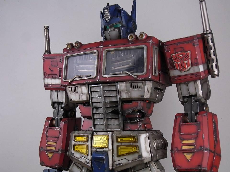 Transformers News: Ultimetal UM-03 Ultra Magnus and UM-01 Battle Damaged Prime Colored Images