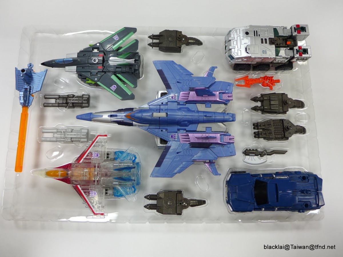 Transformers News: In-Hand Images - Takara Transformers Unite Warriors UW06 Grand Galvatron