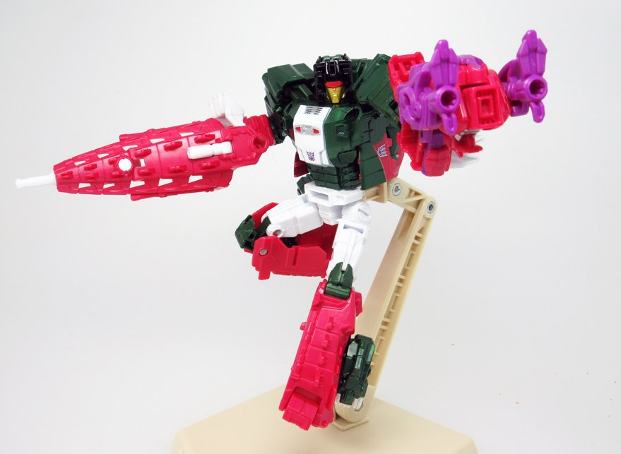 Transformers News: In-Hand Images - Takara Tomy Transformers Legends LG22 Skullbasher
