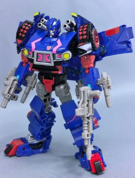 Transformers News: New Photos of Takara Tomy Transformers Legends LG20 Skids with Comparison to Hasbro Version