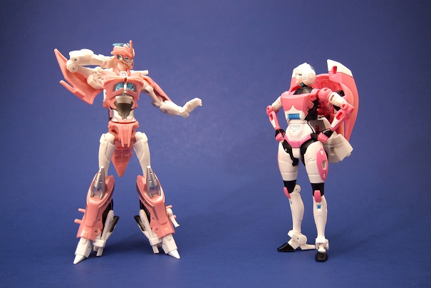 Transformers News: Transformers Photo Challenge #13: Fembots