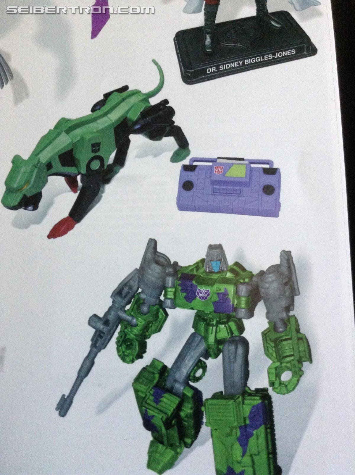Hasbro 2017 ------- Transformers BLACK CAT Masterpiece Figure ------- GI Joe