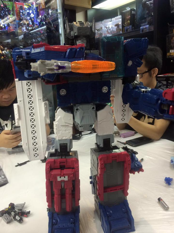 Transformers News: Photos from 2016 Hong Kong Trial and Play Event Featuring Upcoming TR Transformers Toys