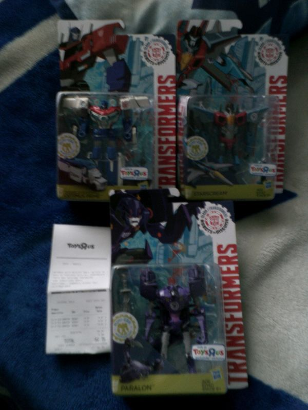 Transformers News: Transformers Robots in Disguise Deluxes Power Surge Optimus, Paralon, Starscream Sighted in Canada