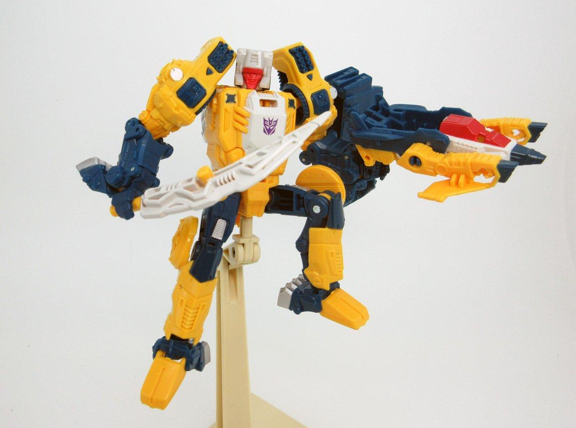 Transformers News: Takara Tomy Transformers Legends LG30 Weirdwolf Picture
