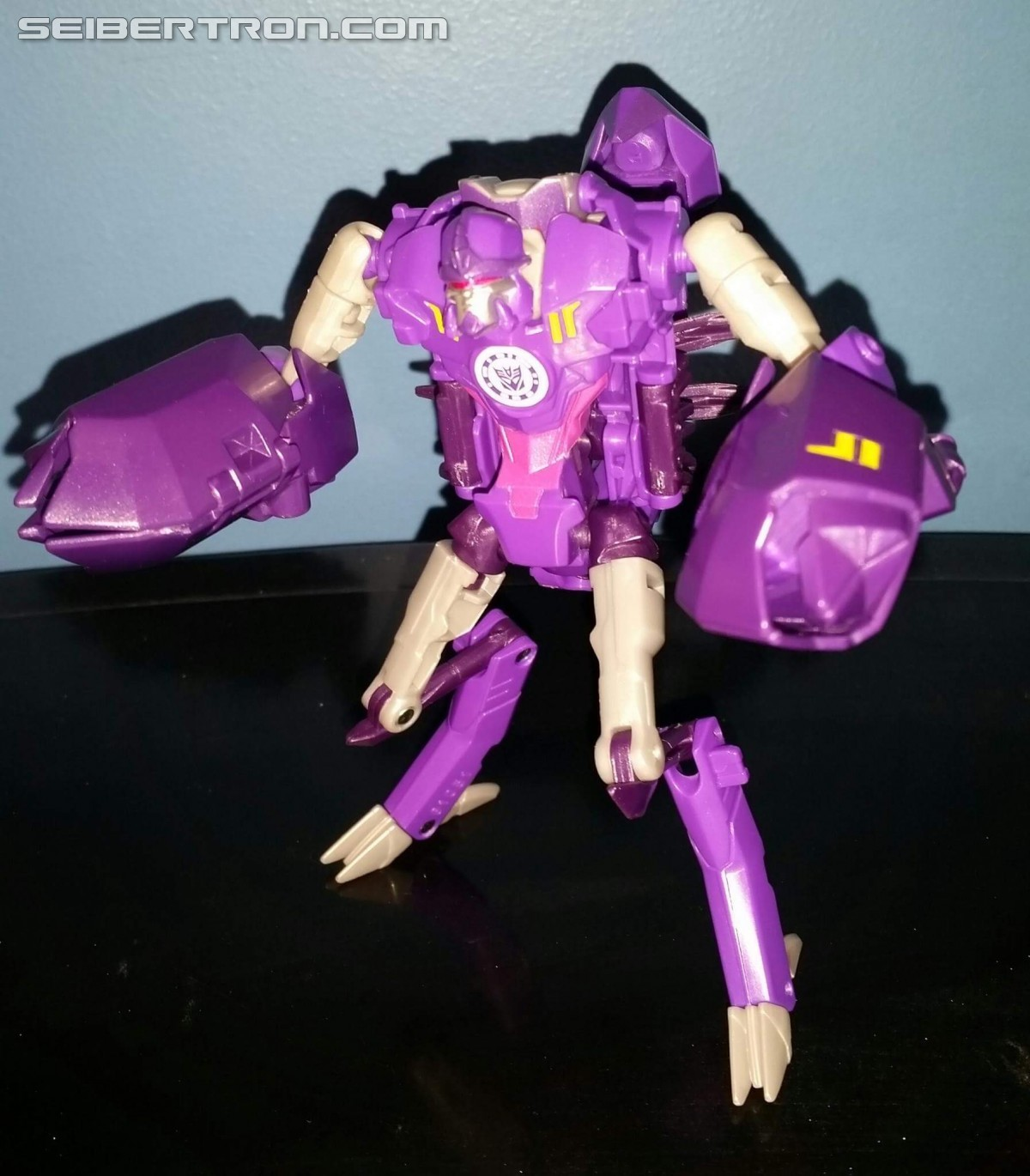 Transformers News: A Better Look at New Transformers Robots in Disguise Figure Paralon