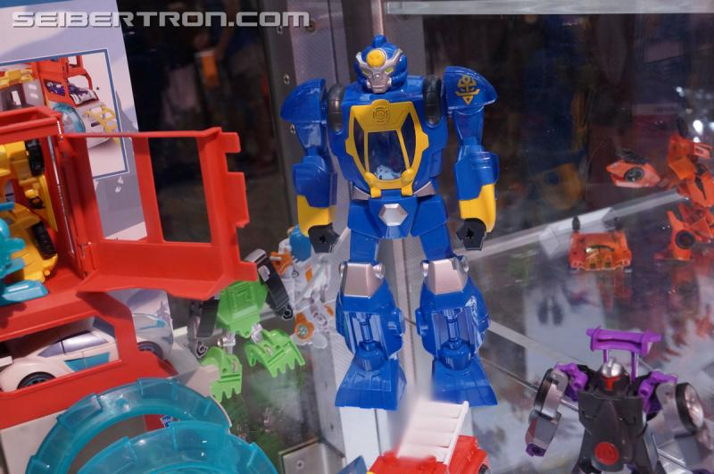 Transformers News: Transformers: Rescue Bots Gallery: Salvage, High Tide, Morbot, Quicksilver #SDCC