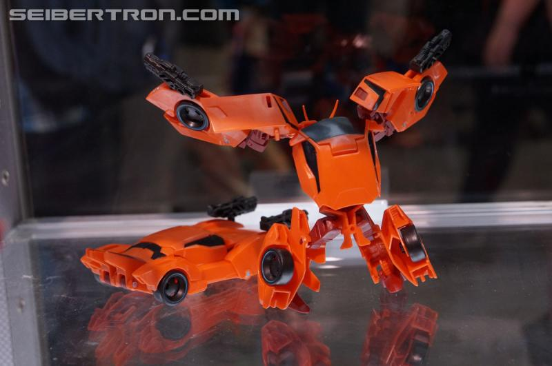 Transformers News: Transformers Robots in Disguise Opening Night Gallery: Bisk, Ratchet, Windblade, Minicons #SDCC