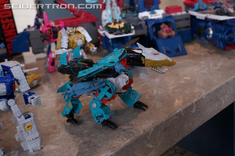 Transformers News: San Diego Comic Con Transformers Generations Combiner Wars Liokaiser Gallery #SDCC